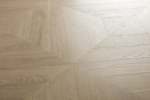 IPA4164 Roble pardo chevron